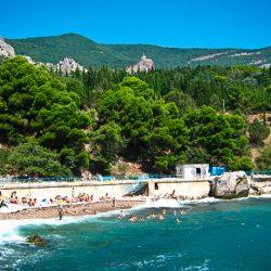 Курортный посёлок Форос для отдыхающих в Крыму