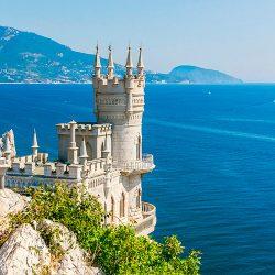 Крым по-прежнему в топе: на Южном берегу уже отдохнуло более 1,2 млн человек