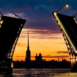 В Санкт-Петербурге появились «Поющие мосты»