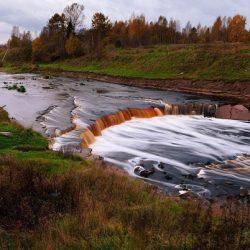 Тосненский водопад. Около 11 тысяч лет