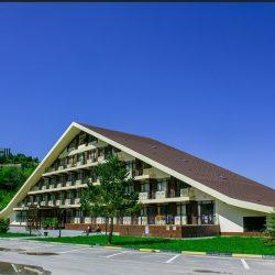 Гостиницы и отели горнолыжного курорта Ведучи