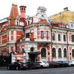 Старинные особняки и усадьбы Петербурга
