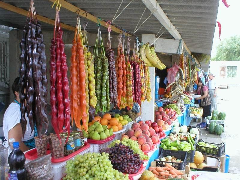 Магазины и рынки Новомихайловского