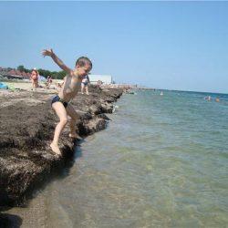 Пляжи Портового