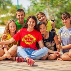Детские лагеря Портового