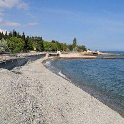 Власти Крыма взялись за обустройство пляжей Алушты