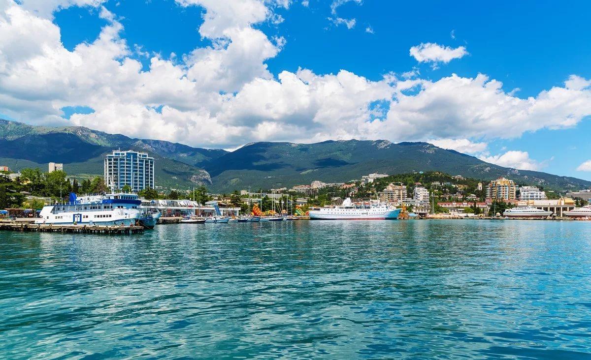 Где отдохнуть на Черном море в августе