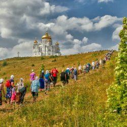 Чудотворная земля России: 15 мест, куда приводит вера