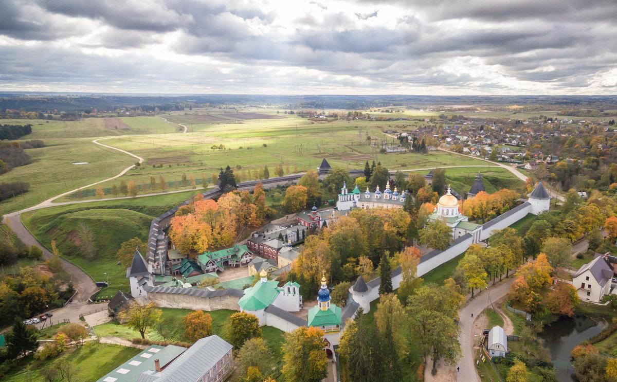 Где отдохнуть в России на ноябрьские праздники: 10 мест для короткого отпуска