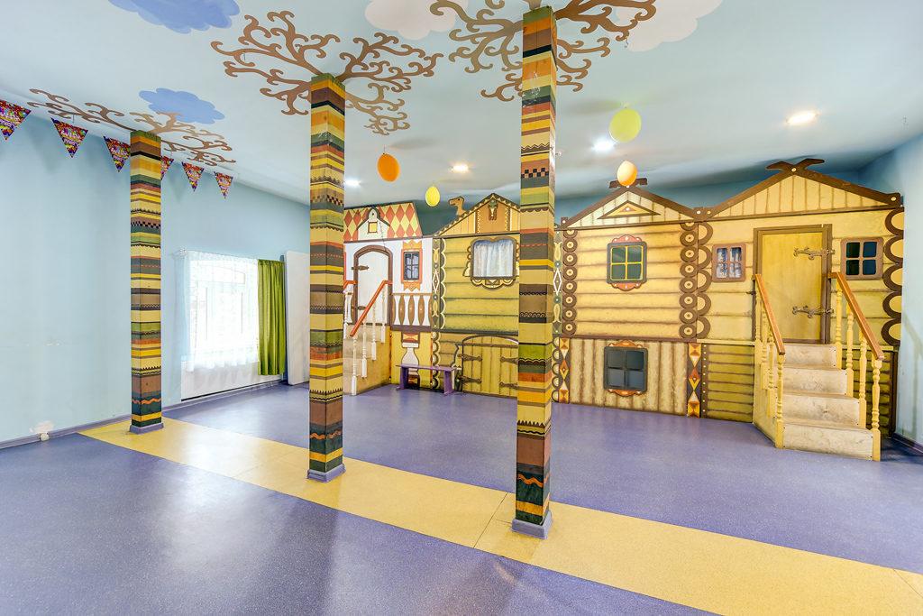Какие музеи посетить в Петергофе