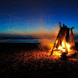 Как разжечь костер в экстремальных условиях