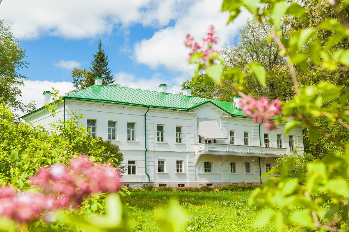 Ясная Поляна –путеводитель по жизни Льва Толстого