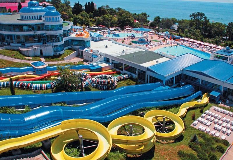Аквапарки Черного моря: экстрим, веселье, драйв