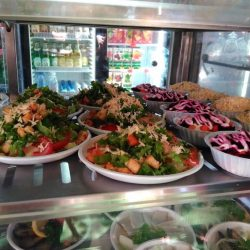 Столовые Геленджика: выбираем, где вкусно кормят