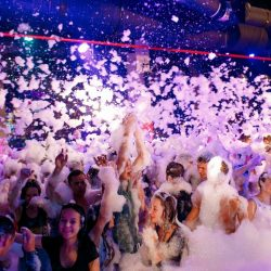Ночные клубы в Лоо