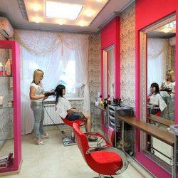 Салоны красоты в Сукко