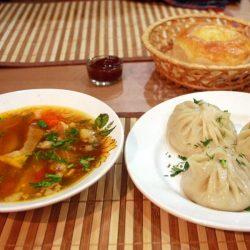 Байкальская кухня: что попробовать из еды?