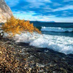 Чем заняться и что посмотреть на Байкале осенью?