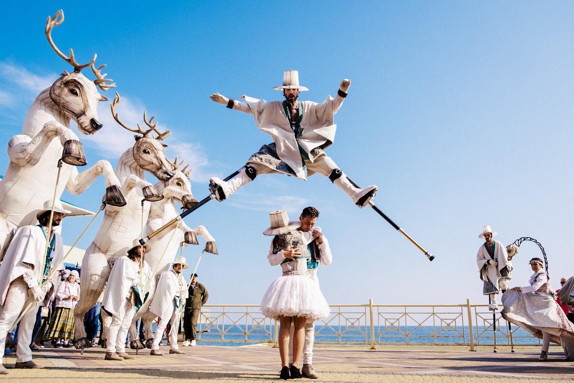 Когда начнется туристический сезон в Крыму?