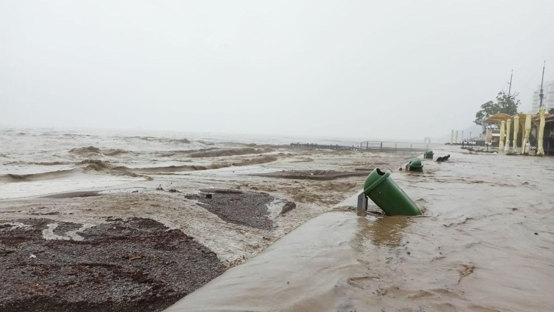 Как сейчас обстоят дела в Крыму и Анапе в связи с наводнением, можно ли ехать сейчас