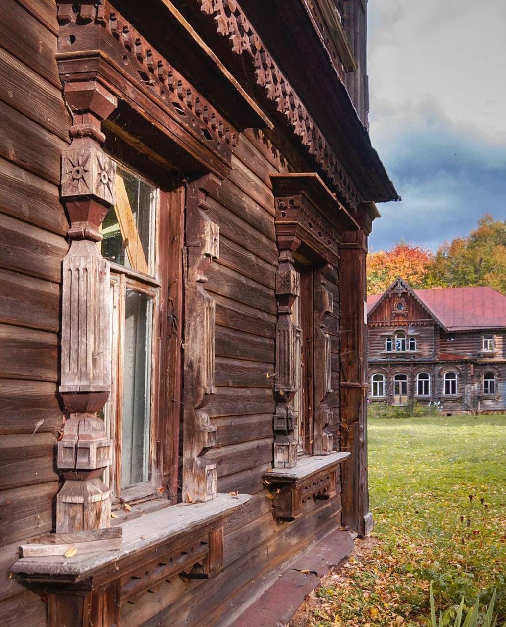 Самые красивые деревянные терема России